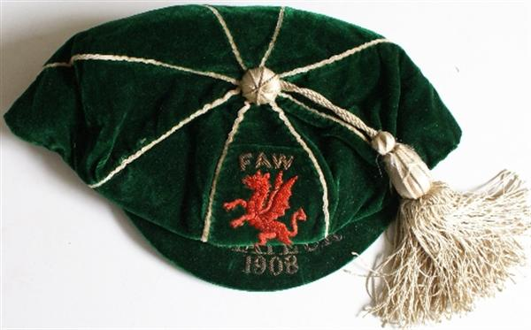 Ernie Peake Wales Amateur Football Cap 1908
