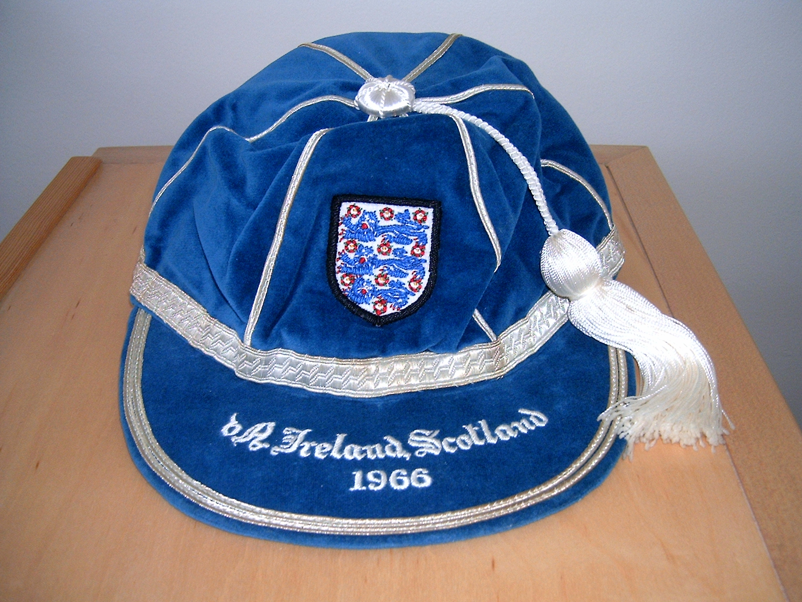 Gordon Banks England International Football Cap 1966