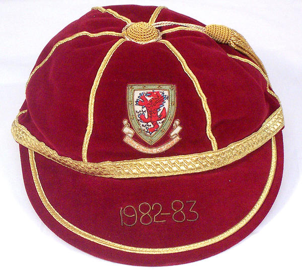 Mickey Thomas' Wales International Football Cap 1982-83 season