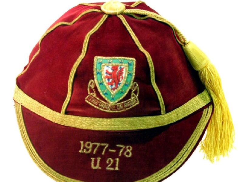 David Giles' Wales Under 21 International Football Cap 1977-78 season