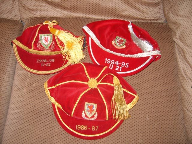 Welsh International Football Caps 1986-87, U21 1974-75, U21 1994-95