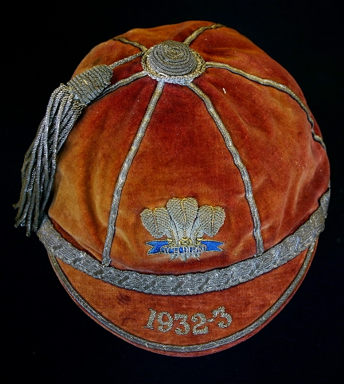 Wilf Woller's Welsh International Rugby Cap 1932-3